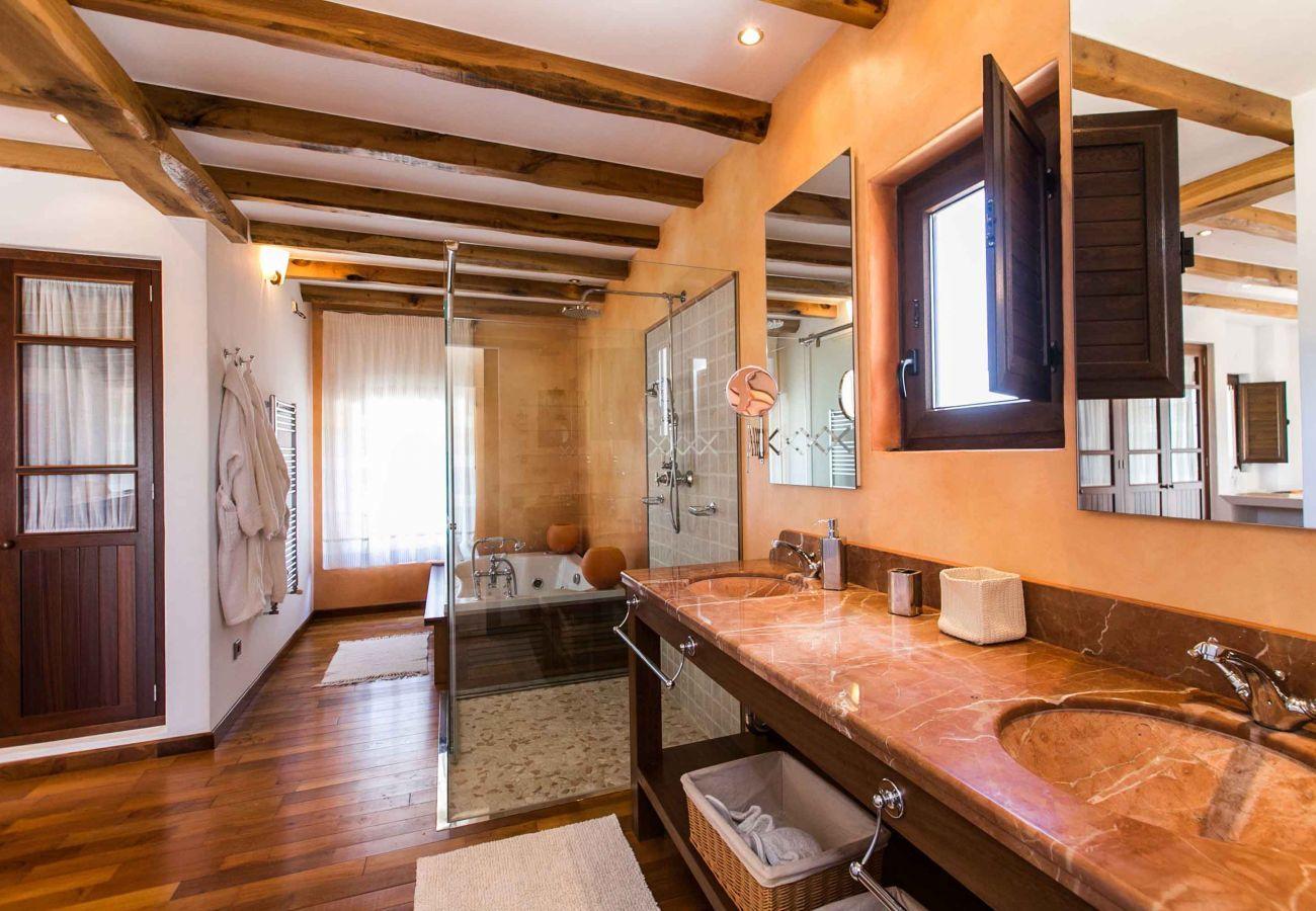 Villa à Santa Eulalia des Riu - VILLA NUMY