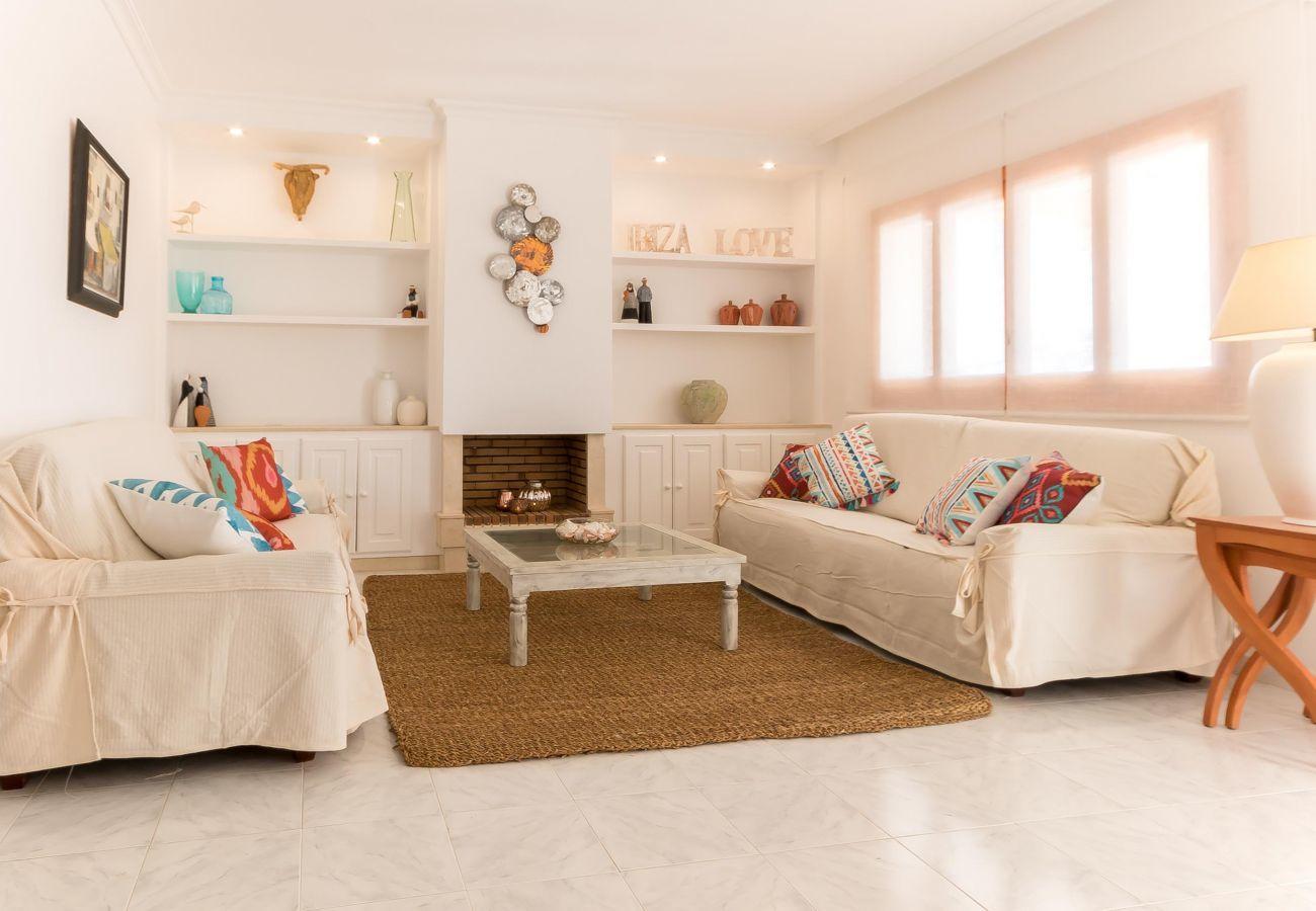 Maison à Santa Eulalia des Riu - CASA BLAI