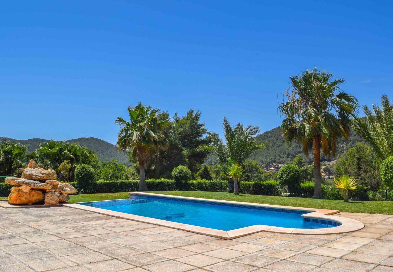 Piscine et vues de la Villa Coqueta