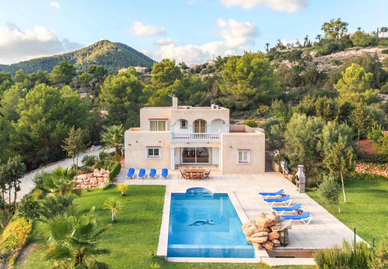 Vues de la Villa Coqueta et de ses environs à Ibiza