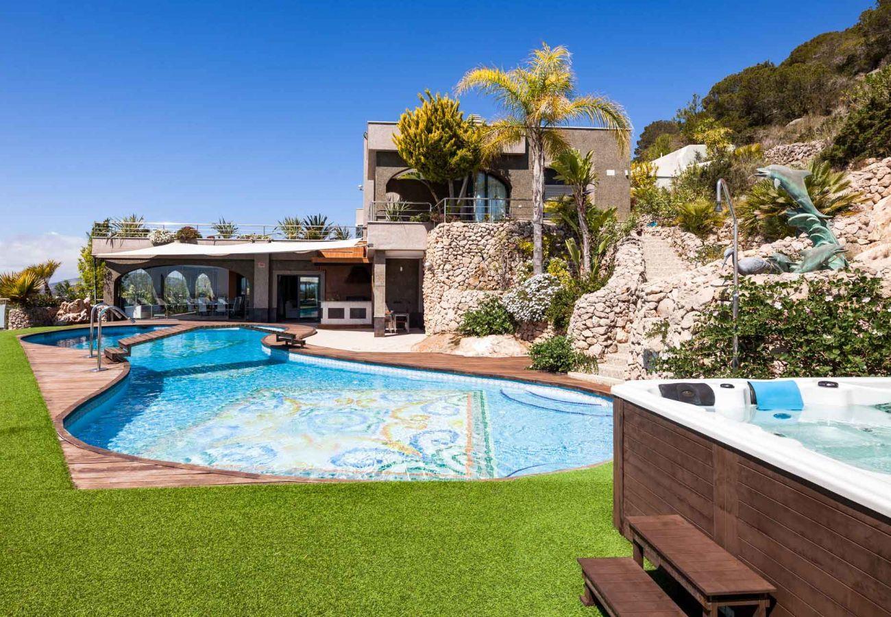 Villa à Ibiza - VILLA FONTALUXE