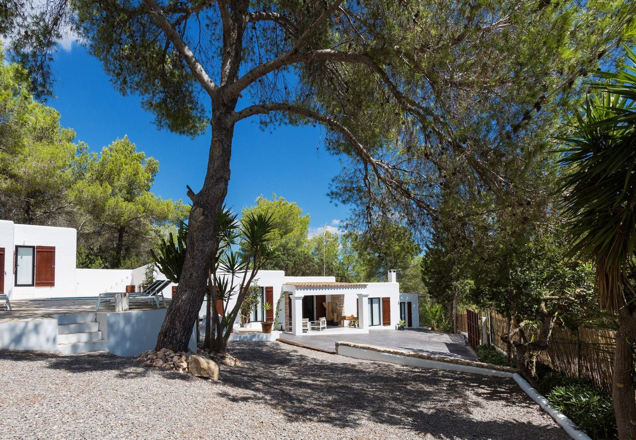 Villa à San Rafael de Sa Creu/ Sant Rafael de Sa Creu - VILLA ARCHI
